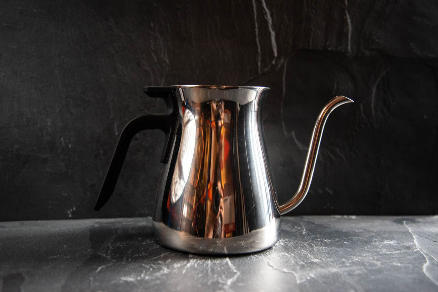 Kinto Pour Over Slow Coffee Kettle Mirror