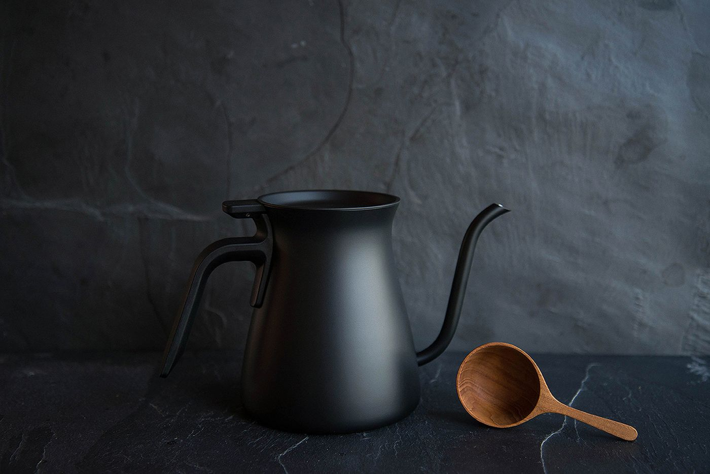 Kinto Pour Over Slow Coffee Kettle Black