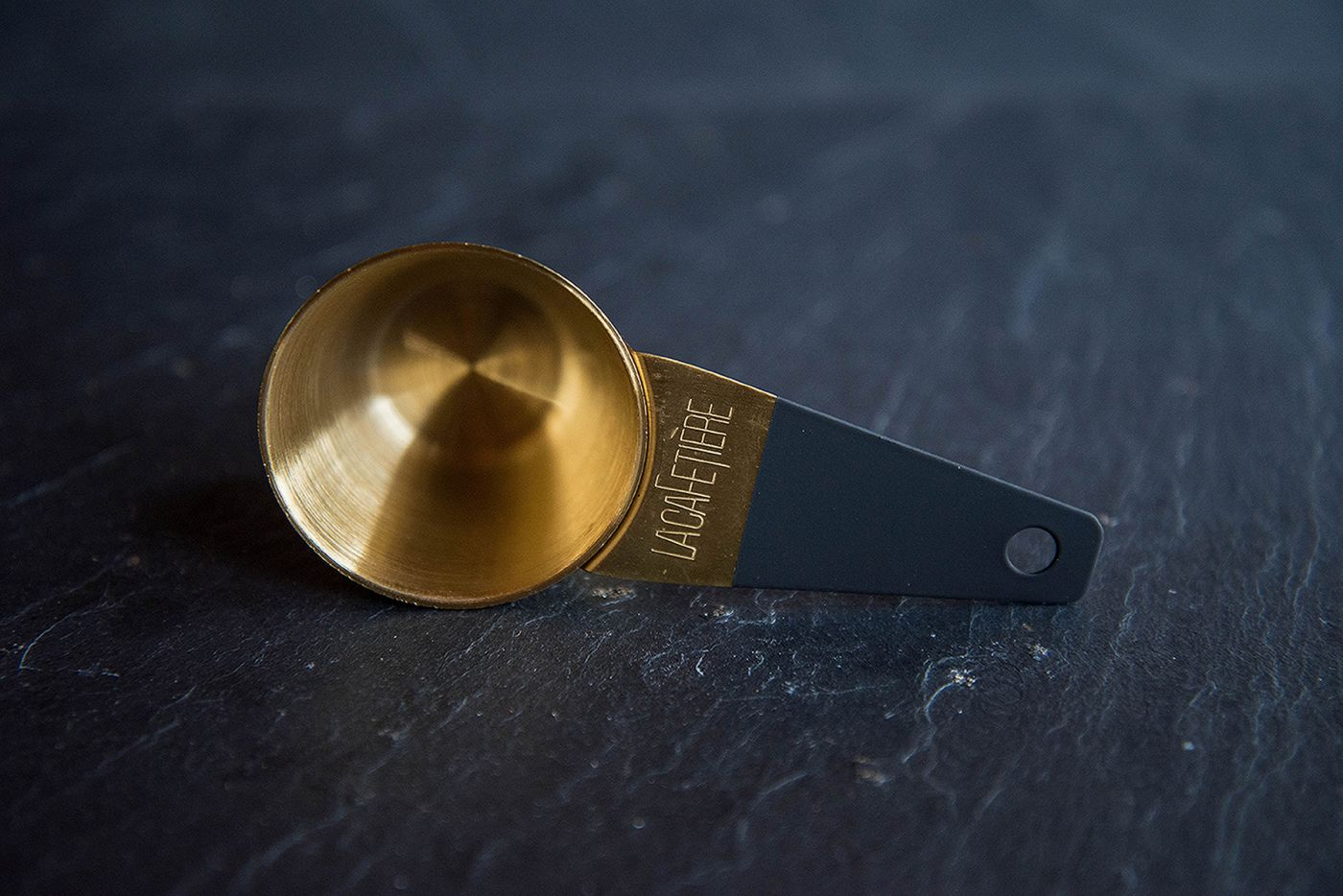 La Cafetiére Edited Gold Coffee Scoop
