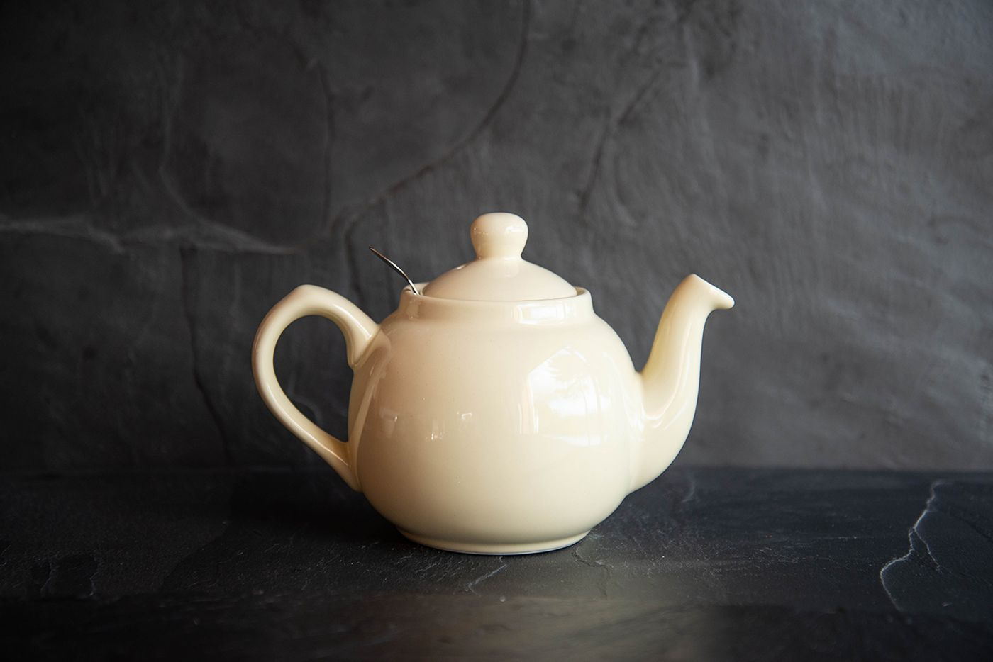 Farmhouse Ivory 2 Cup Infuser Teapot